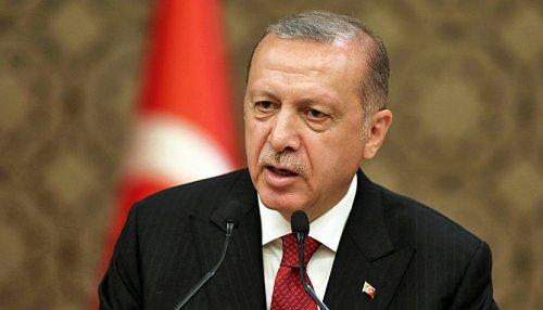 Geldpolitik - Erdogan präsentiert milliardenschweres Devisentausch-Geschäft mit China
