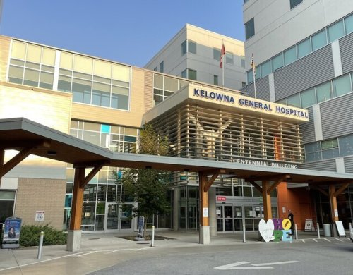 Kelowna's hospital, already nearly full, may intermittently close beds due to staffing crunch after vaccine mandate (Kelowna)