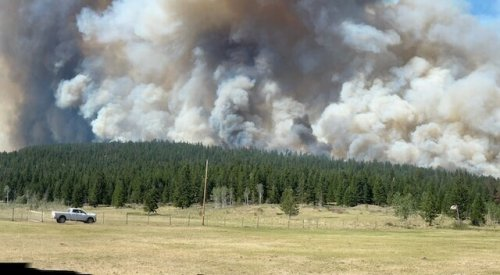 Crews focus on east and west flanks of Sparks Lake wildfire - Kamloops News