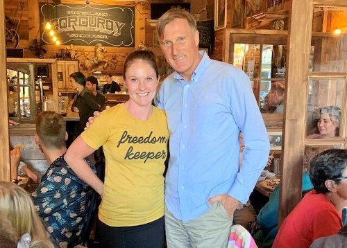 PPC leader Maxime Bernier backs Vancouver restaurant that flouted COVID restrictions (BC)