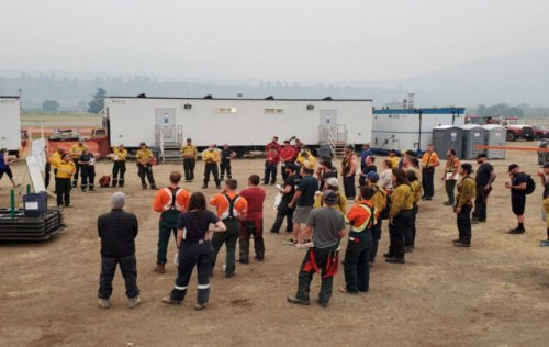 Winds near Nk'Mip Creek, Thomas Creek wildfires are expected to dry forest fuels after light weekend rain, BCWS says