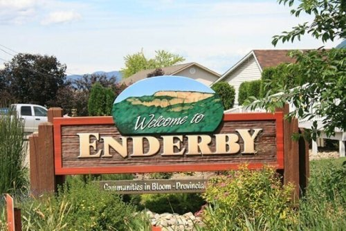 Enderby, Spallumcheen, Armstrong seek meeting with province over Highway 97A (Vernon)
