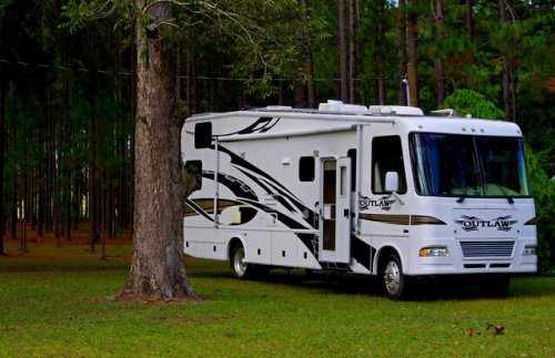 Fender's Automotive Center will ensure your RV is road ready - Think Local