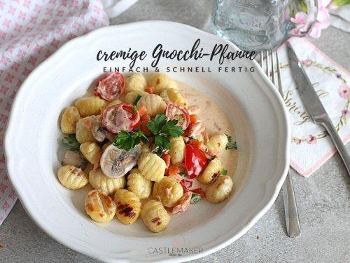 Super cremige Gnocchi-Pfanne mit Kirschtomaten & Lachs « Castlemaker Food & Lifestyle Magazin