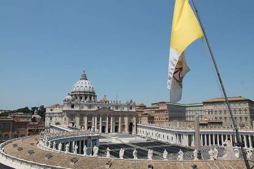 Pope Francis appoints 'ecclesiastical assistant' for Vatican communications