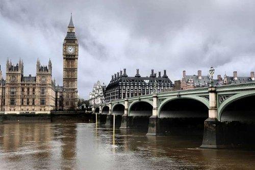 Italian broker for Vatican's London property arrested in UK