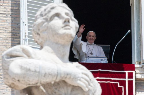 Pope Francis: How often do we fixate on our problems rather than bringing them to God?