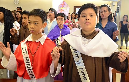 Philippine Catholic Church inks documents with nationalist Church for reconciliation, common baptism