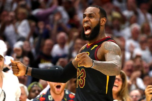 LeBron James' epic statement directed at Cavs after being named to 75 greatest NBA players list