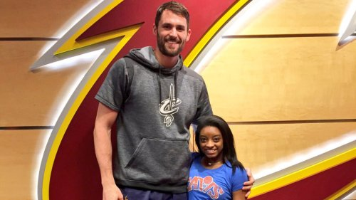 Kevin Love issues fiery statement as Simone Biles receives backlash for pulling out of Olympics