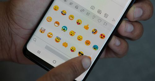 Confused by emoji meanings? Here's a simple trick for getting it right