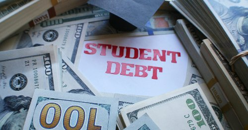 U.S. to erase $1 billion in debt for students scammed by for-profit colleges