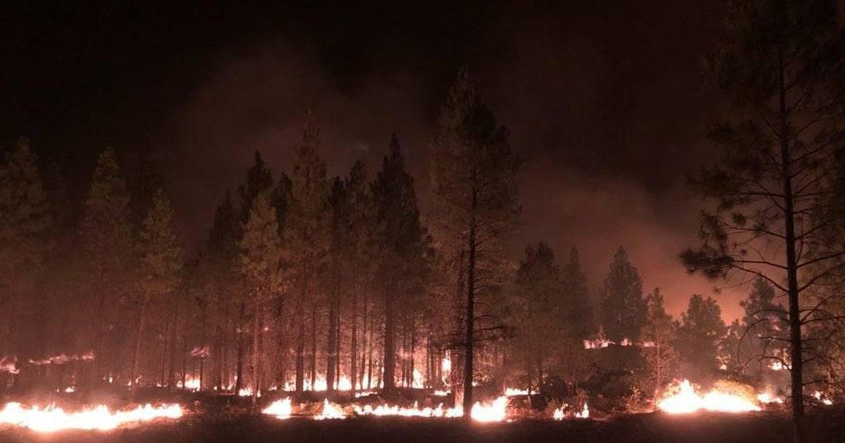 Dry thunderstorms stoke Bootleg Fire's flames, merging it with another nearby fire