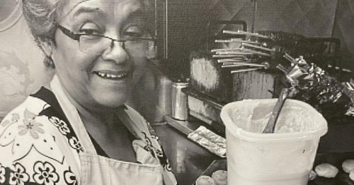 """She started selling arepas from a cart in Queens after fleeing Colombia. Now, the """"Arepa Lady"""" reflects on the """"triumph"""" of her thriving business"""