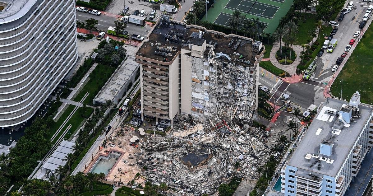 """Surfside mayor on condo collapse: """"Buildings like this don't fall down in America"""""""
