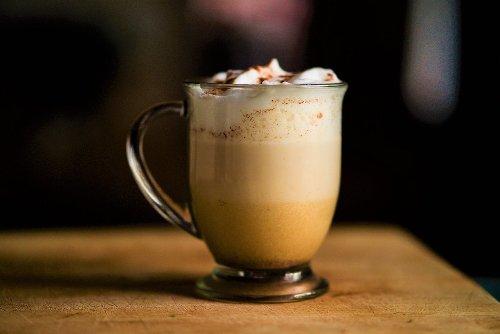 This DIY Pumpkin Spice Latte Recipe Is Cheaper & Tastier Than Starbucks