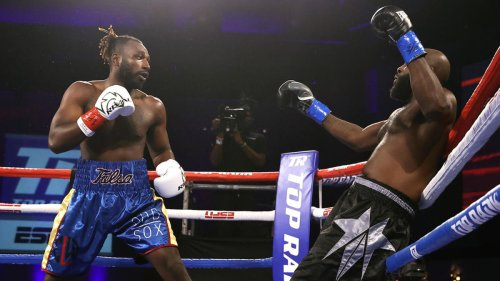 Top Rank Boxing: Watch Jeremiah Milton deliver devastating KO to put Jayvone Dafney out while still standing