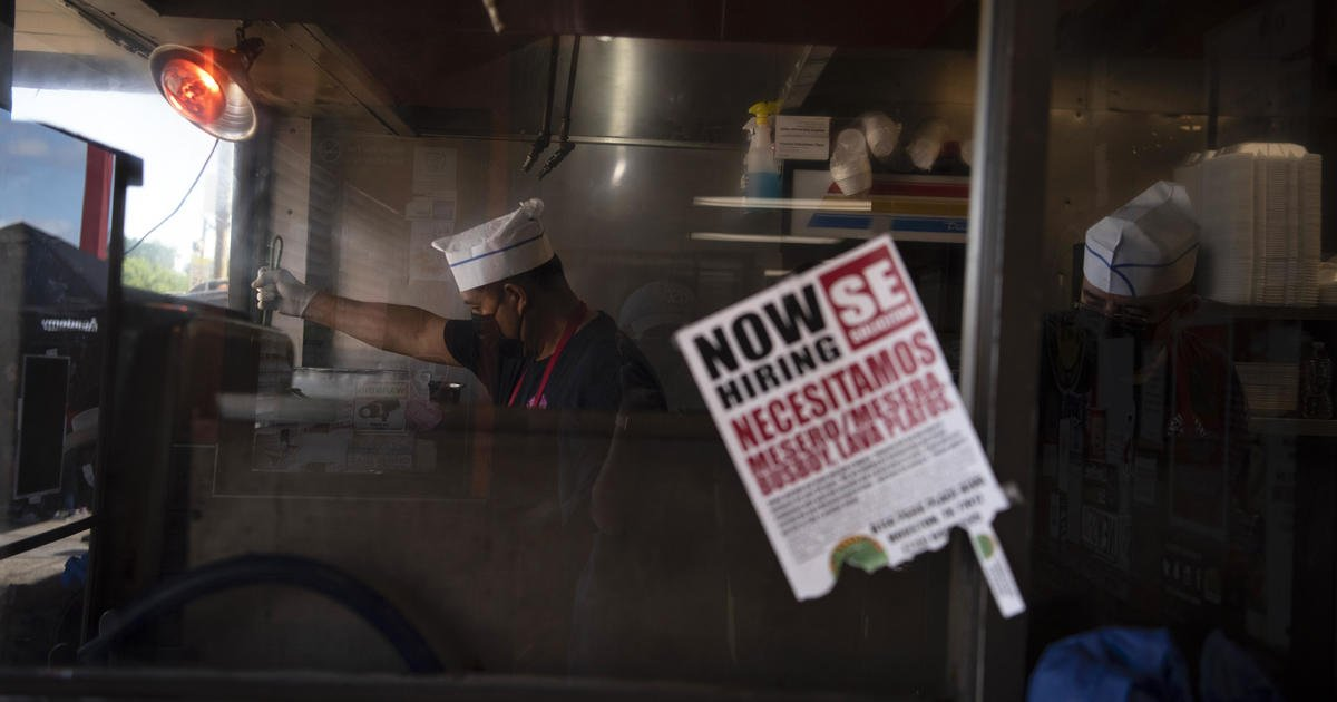 Restaurants struggle to hire amid 20-year high for job openings