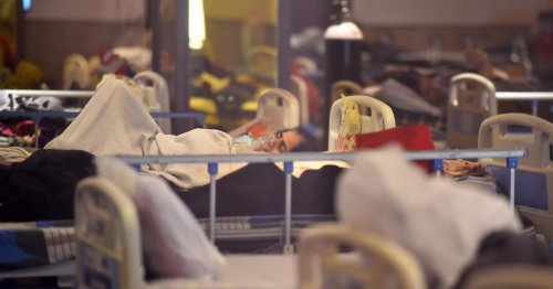 Authorities in India scramble to get oxygen tanks to COVID-19 patients