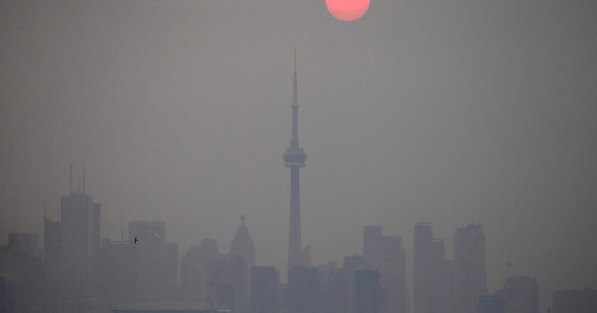 Western wildfires spreading smoke as far as Canada and New York