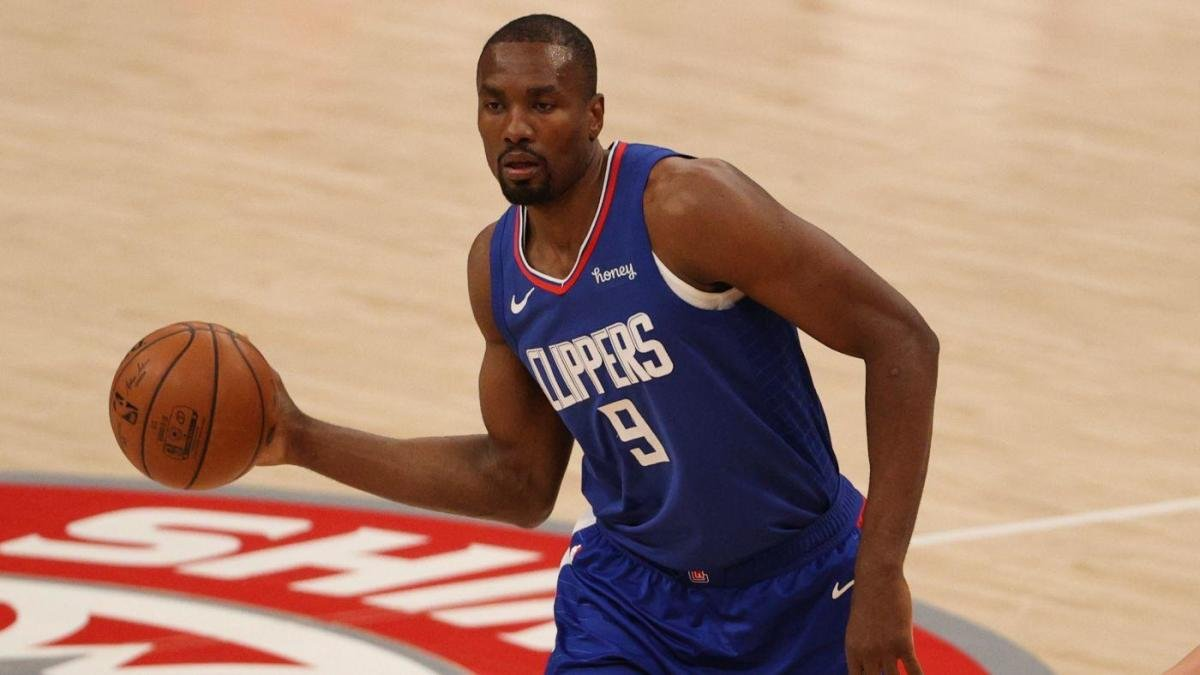 Clippers' Serge Ibaka done for season after undergoing surgery on ailing back