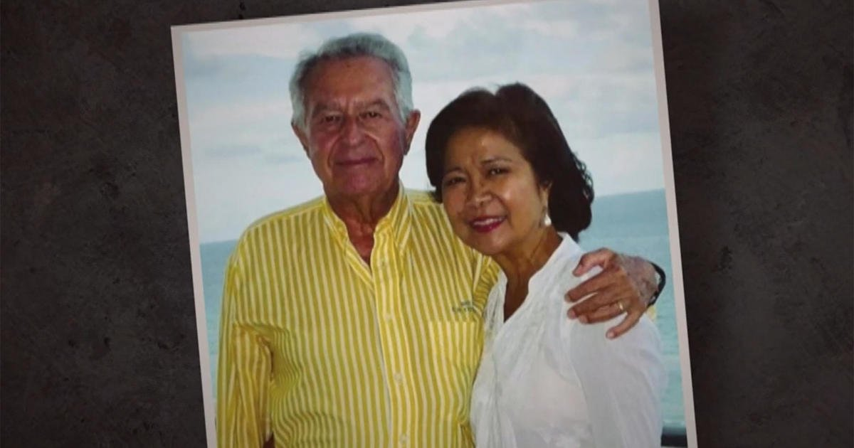 """Missing couple's nephew: """"There was a very slow response"""" after Florida building collapse"""