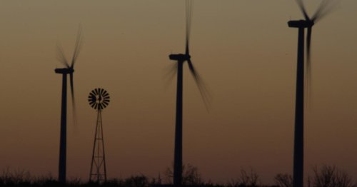 Traditionally red Texas experiencing green jobs boom
