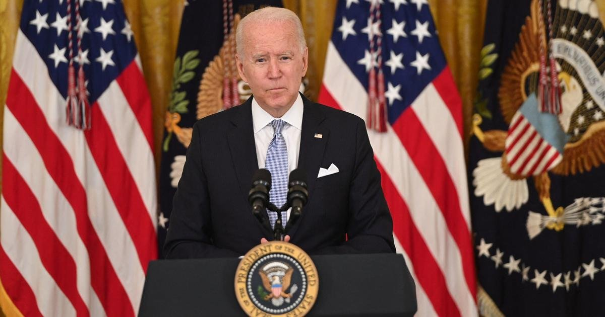 Biden ramps up vaccine push with new rules for federal workers and call for $100 payments