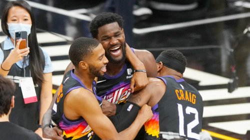 Suns vs. Clippers: How Phoenix exploited a little-known rule on Deandre Ayton's incredible Game 2 winner