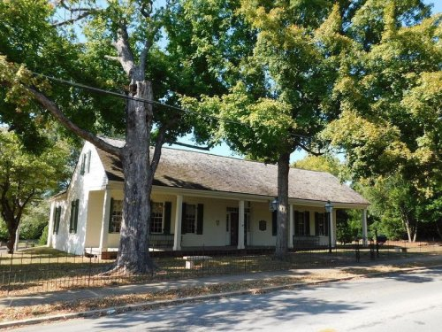 Archaeologists Discover Trove of Artifacts at Site of 19th-Century Alabama Tavern