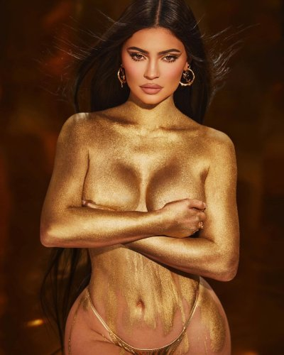 Kylie Jenner Is Naked, Painted Gold, and Wearing Nothing But A Thong in Her Latest Insta