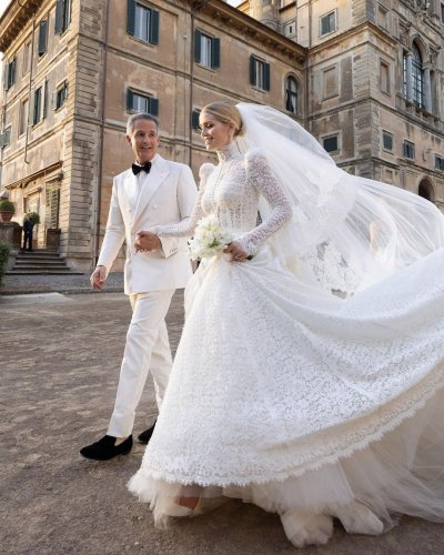 Kitty Spencer sets story straight over paparazzi photos from her honeymoon
