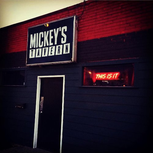 5 Of The Best Dive Bars In Nashville