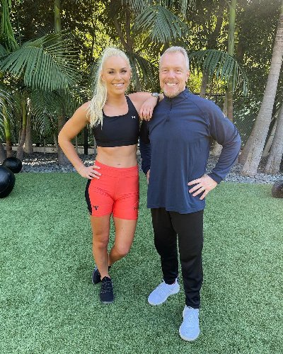 Lindsey Vonn Shows Off Toned Legs, Arms, And A Genius Form Hack In Her Latest Instagram Workout Video