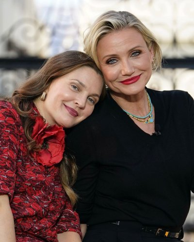 """Cameron Diaz and Drew Barrymore praised for ageing """"gracefully"""""""