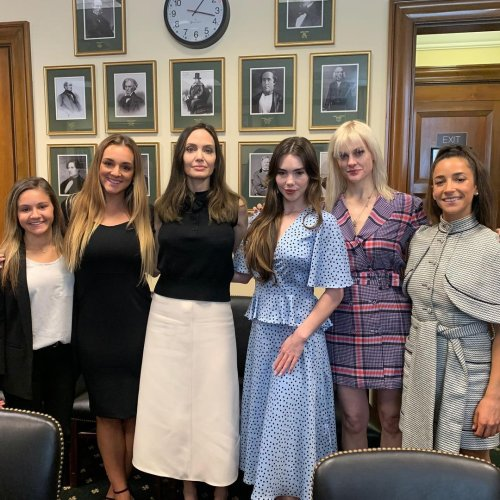 Angelina Jolie Met With Olympic Gymnasts McKayla Maroney And Aly Raisman On Capitol Hill