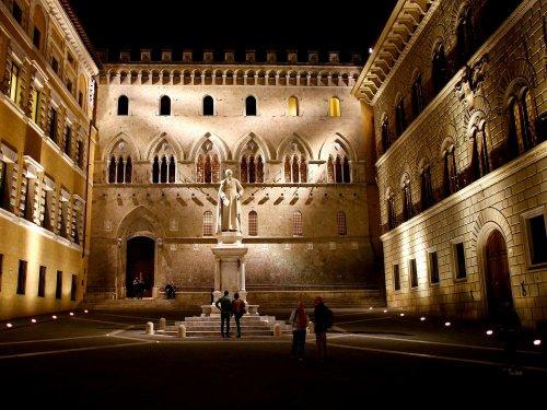Rome et Unicredit mettent fin à leurs discussions sur Monte dei Paschi