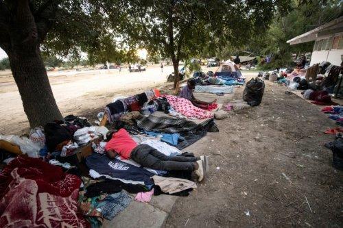 Peur, épuisement et incertitude pour les migrants haïtiens - Challenges
