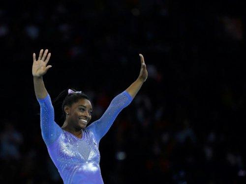 Gymnastique: Biles impressionne pour son retour, avec un saut inédit