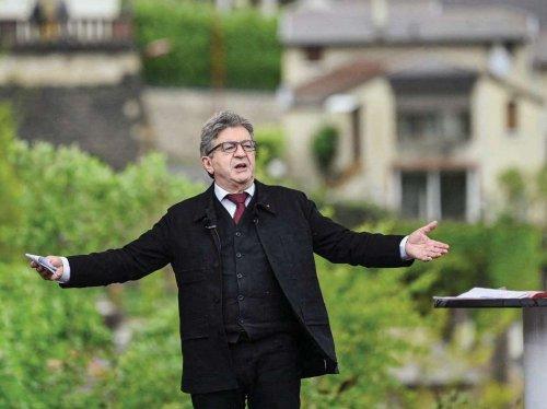Présidentielle 2022: malgré les dérapages, Mélenchon reste incontournable à gauche