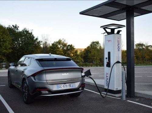 Ionity: toutes les voitures électriques d'Europe bloquées par un bug