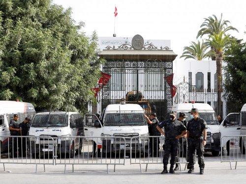 Tunisie: Ennahda joue l'apaisement, l'UE appelle à la sortie de crise