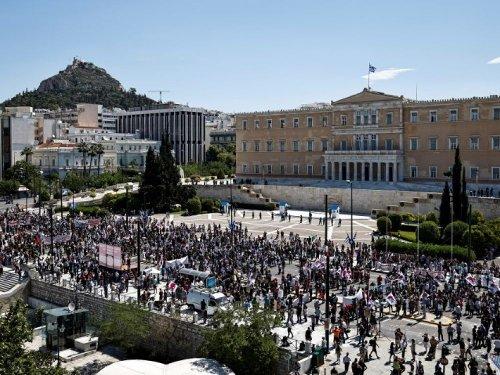 Grèce: Les grèves contre le projet de loi sur la réforme du travail perturbent les transports à Athènes