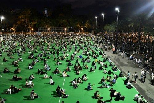 Hong Kong: le groupe des veillées Tiananmen se saborde - Challenges