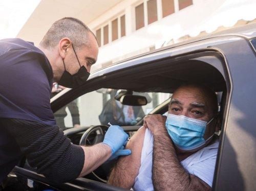 Vaccidrive, vaccibus: les acteurs de la santé se démènent pour vacciner en masse en Occitanie