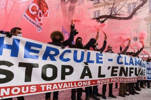 """Le projet de réorganisation d'EDF peut être """"amélioré"""", assure Bruno Le Maire"""