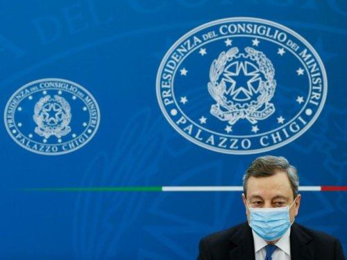 """Italie: Draghi parie sur une """"forte reprise"""" de l'économie pour assainir la dette"""