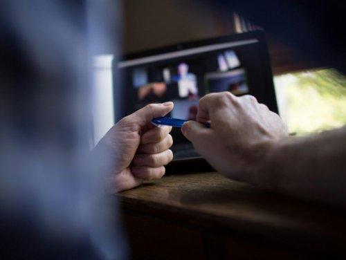 Télétravail: les chefs essorés après un an de management à distance en mode dégradé