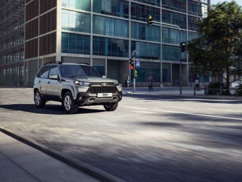 Renault va lancer un Lada Grand Niva en 2025 à 20.000 euros