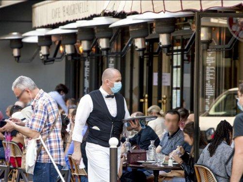 Certains restaurants et lieux culturels rouvriront mi-mai, annonce Gabriel Attal